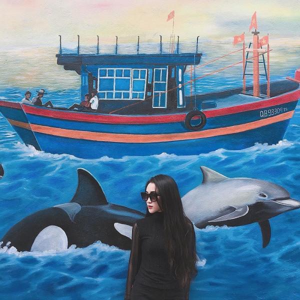 Lạc bước tại làng bích họa ven biển Quảng Bình5