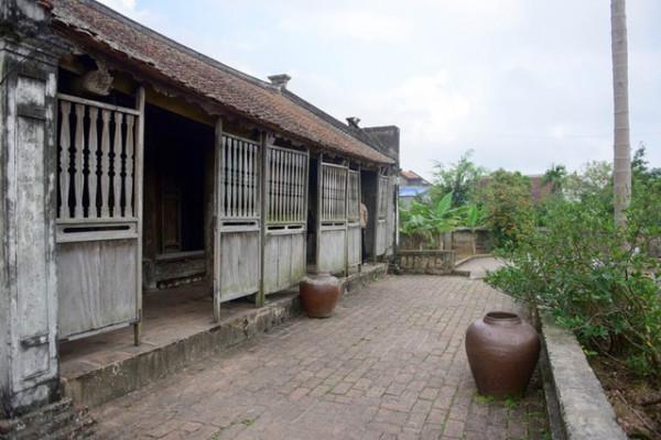 Ngôi nhà Bá Kiến1