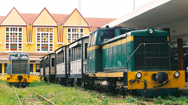 Nhà ga xe lửa