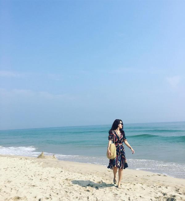 Bãi biển Cửa HộI2