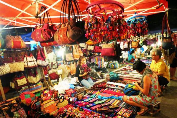 Chợ Đêm Tây Đô2