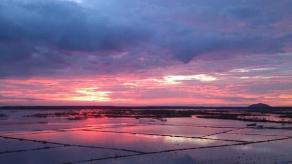 Hồ Biển Lạc1