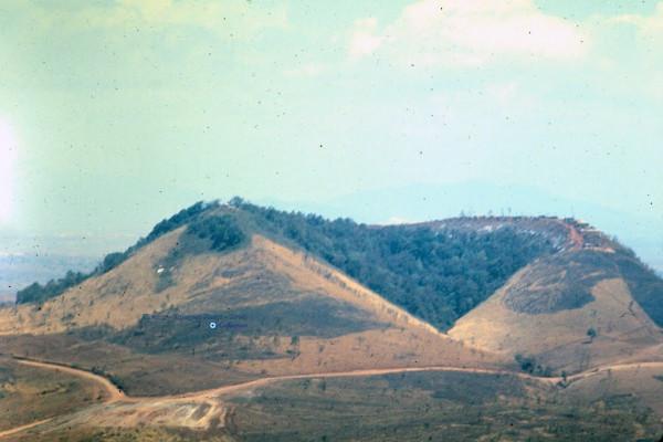 Đỉnh Núi Hàm Rồng1