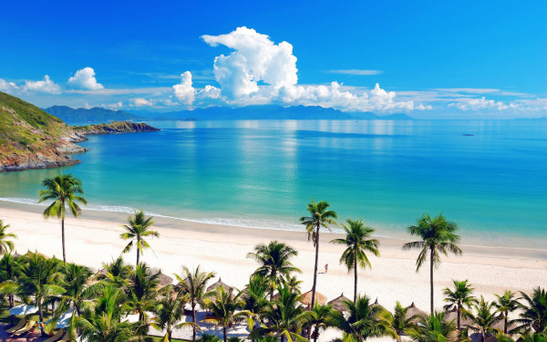 Bãi biển trung tâm Nha Trang
