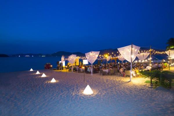 Bãi biển trung tâm Nha Trang1