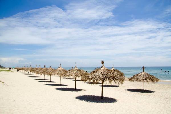 Tắm biển Tam Thanh1