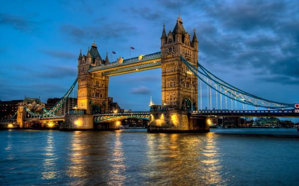 Thủ Đô London - Đôi Mắt Của Cô Gái Anh Xinh Đẹp