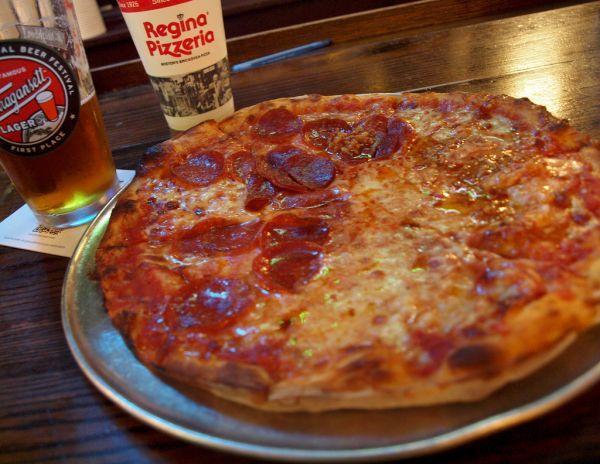 1. Pizza Regina