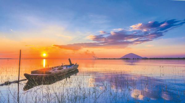 Hồ Dầu Tiếng.1