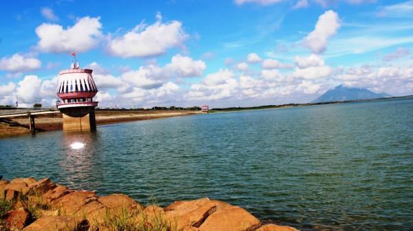 Hồ Dầu Tiếng.2
