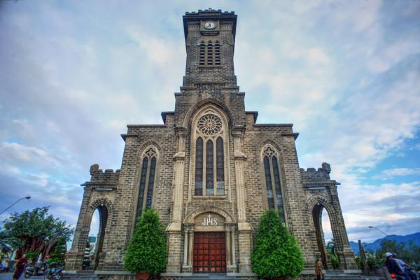 Nhà thờ Núi Nha Trang1