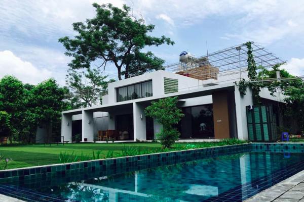 Phơri's House.