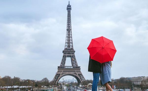 Tháp Eiffel1