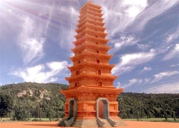 Tháp Tường Long1