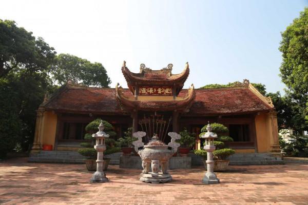 5. Đền Trần Thương