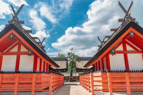 """Địa điểm quyền năng nhất ở Osaka """"Đền Sumiyoshi"""""""