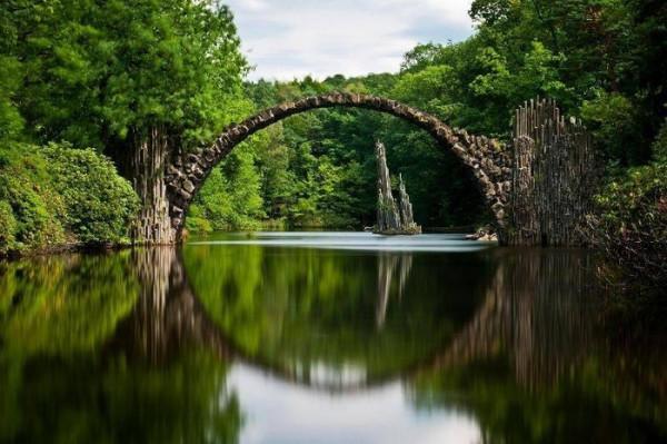 Cầu Rakotz Brucke, Đức.