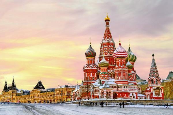 """Auftraggeber für die Basilius-Kathedrale in Moskau, Russland, war der berüchtigte Zar Iwan IV., erster Zar Russlands und auch bekannt als """"Iwan, der Schreckliche"""""""