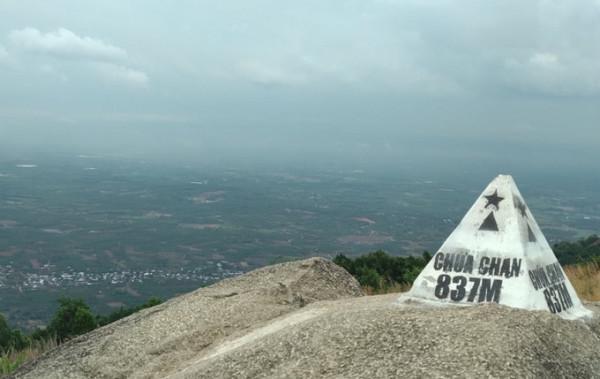 Núi Chứa Chan.1