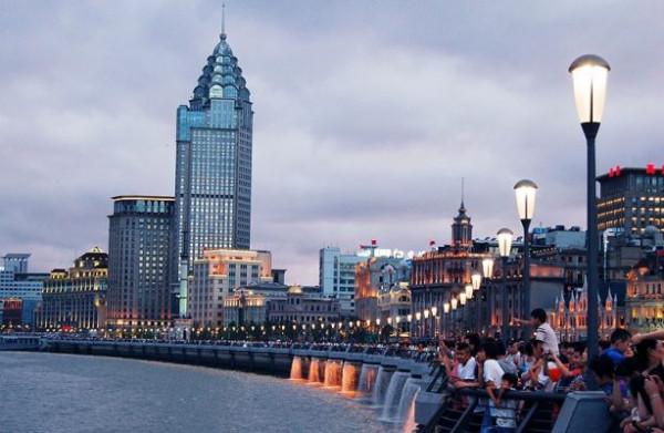 Thăm trung tâm tài chính thế giới khi du lịch Thượng Hải