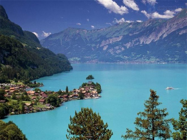 hồBrienz, Thụy Sĩ.3