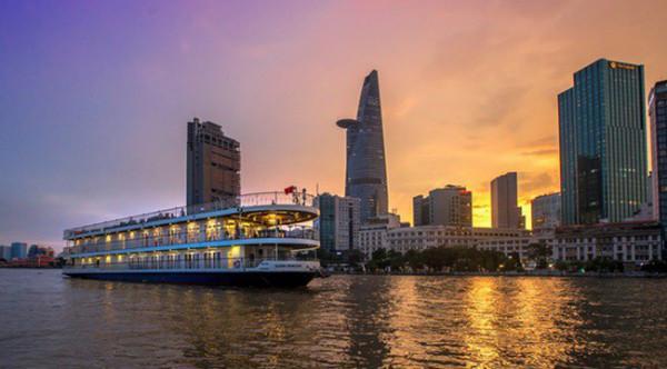 Du thuyền sông Sài Gòn1