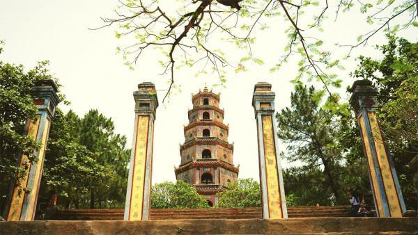 Vãn cảnh chùa Thiên Mụ2