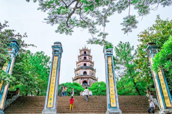 Vãn cảnh chùa Thiên Mụ3