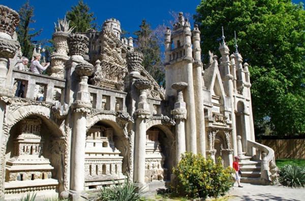 Lâu đài ý tưởng, Hauterives, Pháp