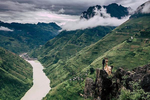 Tu Sản vực sâu bậc nhất Việt Nam4