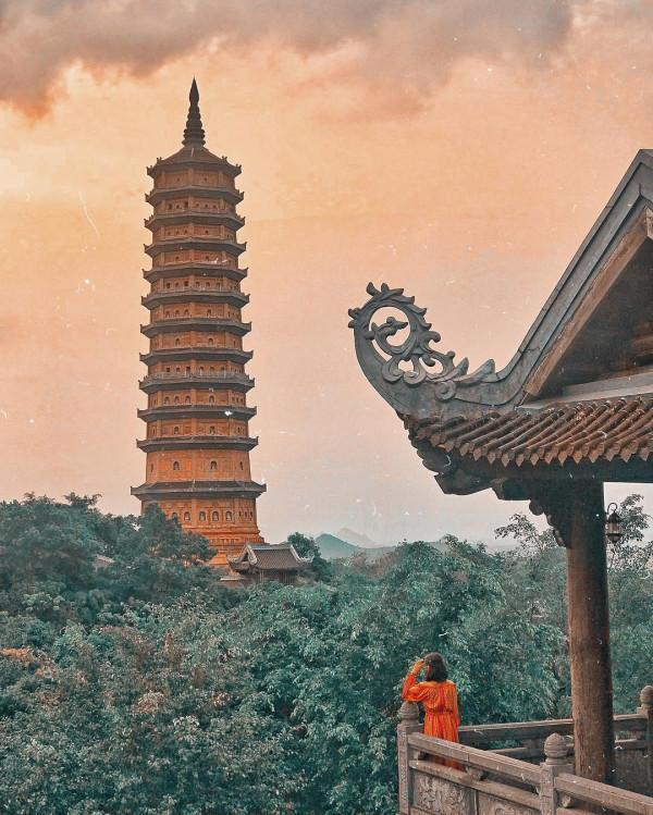 Ninh Bình thu hút ngày càng nhiều du khách ghé thăm