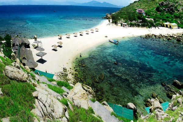 Khám phả đảo Yến-Nha Trang cùng vé máy bay giá rẻ