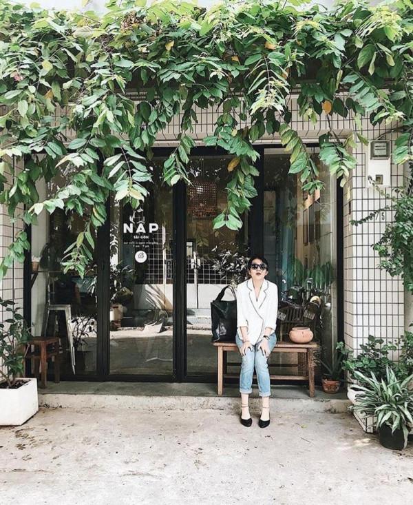 Nấp Sài Gòn