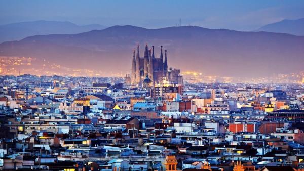 Vé máy bay cùng khám phá 3 thành phố tại Tây Ban Nha
