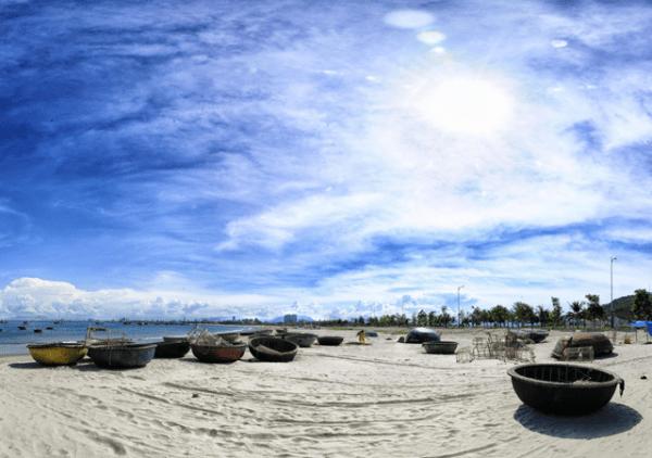 Bãi biển Mỹ Khê1