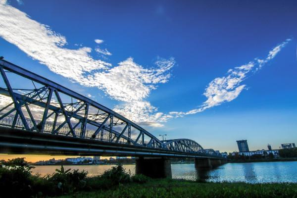 Cầu Tràng Tiền2