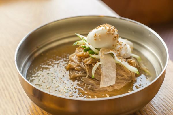 Naengmyeon – Mỳ lạnh1