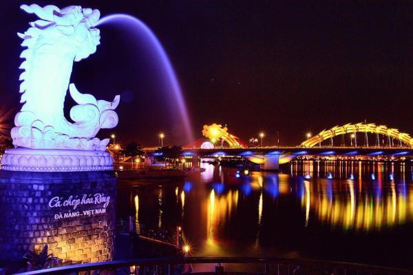 Cầu rồng Đà Nẵng lung linh huyền ảo về đêm1
