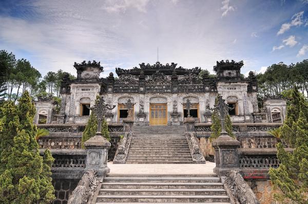 Lộ diện 3 lăng tẩm tuyệt đẹp vượt thời gian ở xứ Huế