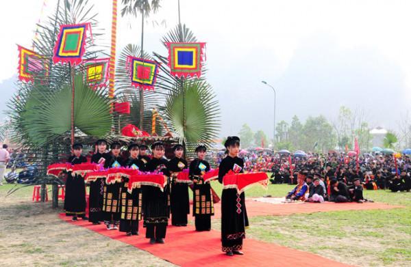 Lễ hội Lồng Tồng2