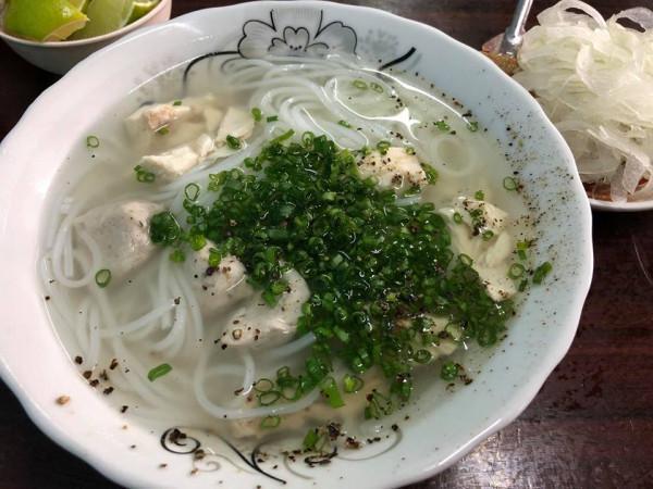 Bánh canh Bà Thừa1