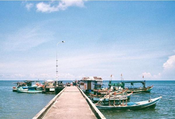 Làng chày Hàm Ninh