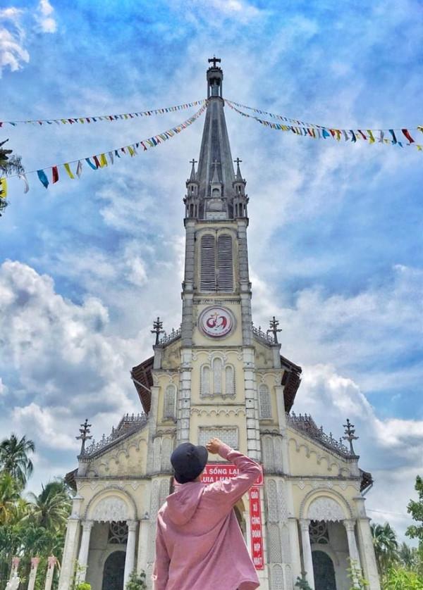 Nhà thờ Cái Bè