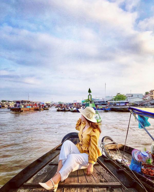 Săn vé máy bay trải nghiệm du lịch sông nước Cần Thơ