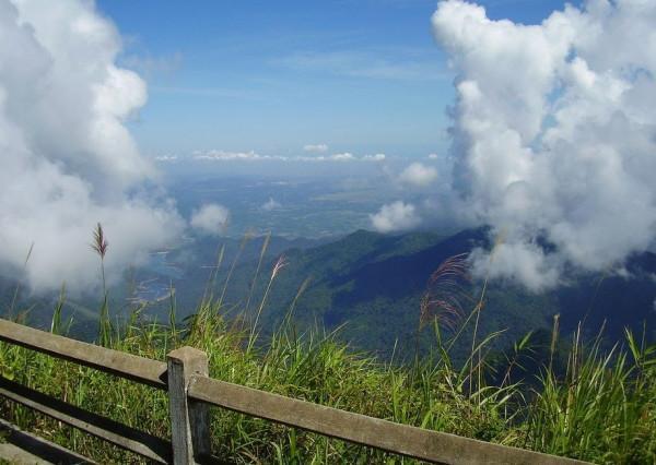 Núi Bạch Mã1