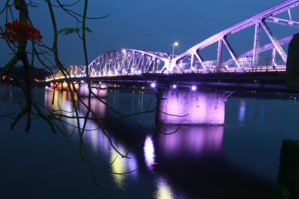 Cầu Trường Tiền2