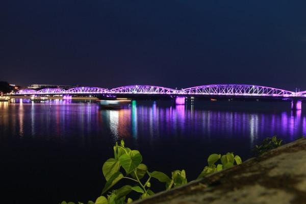 Cầu Trường Tiền3