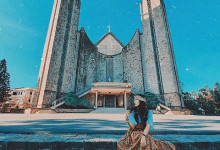Những nhà thờ lung linh ngỡ như xứ sở trời Tây