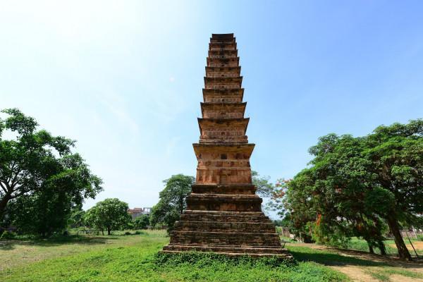 Tháp Bình Sơn – chùa Vĩnh Khánh1
