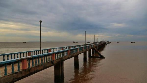 Bãi biển Tân Thành1